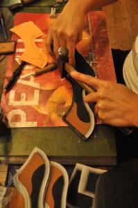 手作り靴教室・靴工房(東京)教室作業風景