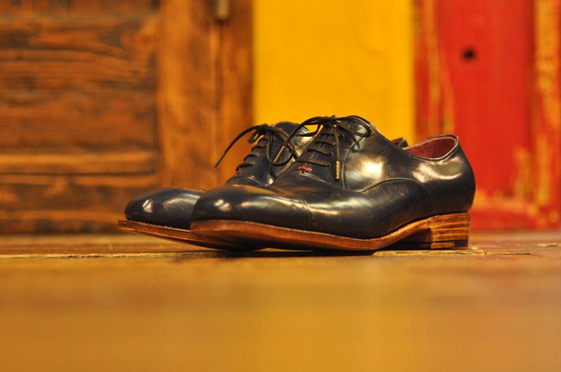 手作り靴教室・靴工房 内羽根ストレートチップ ハンドソーンウェルテッド