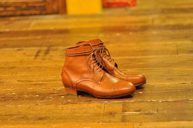 手作り靴教室・靴工房 セミブローグショートブーツ