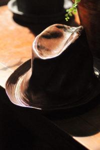 レザーハット帽