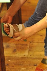手作り靴教室・靴工房 靴作り作業風景 レザーサンダル