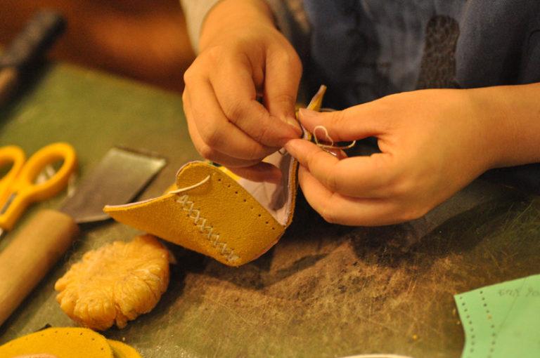 手作り靴教室・靴工房 靴作り作業風景